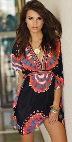 Trina Turk 2013 Yukateca Black V Neck Tunic- perfect for Cabo!