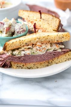 Brooklyn Avenue Sandwich: pastrami, cole slaw, homemade Russian dressing on rye. The ultimate sandwich recipe. Straight out of Mad Men! Paninis, Rib Recipes, Cooking Recipes, Healthy Recipes, Cheese Sandwich Recipes, Pastrami Sandwich, Russian Dressing, Wraps, Everyday Dishes