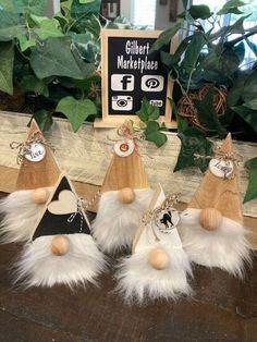 Scrap Wood Gnomes | Hometalk Holiday Crafts, Christmas Crafts, Christmas Decorations, Christmas Ornaments, Christmas Ideas, Xmas, Wooden Crafts, Diy Crafts, Wood Scraps