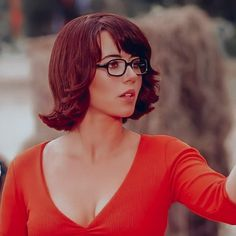 Velma Scooby Doo, Cara Dune, Movie Outfits, Velma Dinkley, Heart Images, Natural Women, Bioshock, Woman Crush, Repeat