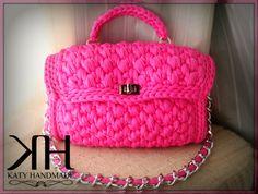 Borsa realizzata ad uncinetto con fettuccia di lycra  #crochet #bag