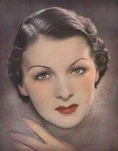 1930's Fashion Hairdo and Make-up