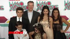 Kira Kosarin & The Thundermans Cast 2013 TeenNick HALO Awards Orange Carpet Arrivals Little Boy Quotes, Brother Birthday Quotes, Brother Sister Quotes, The Thundermans, Orange Carpet, Daughter Poems, Kira Kosarin, Bob Marley Quotes, Inspiring Quotes About Life