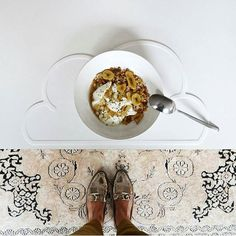 Isabel having a stylish breakfast  today...Cloud placemats re-stocked! || #kgdesign #fourmonkeys