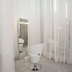 New Room Hair Salon, Portugal (Salon Project)