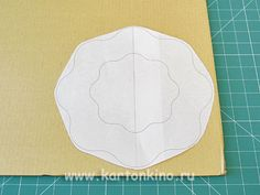 Ваза из картона своими руками Cardboard Box Crafts, Diy And Crafts, Projects To Try, Funny Throw Pillows, Paper Envelopes, Bricolage