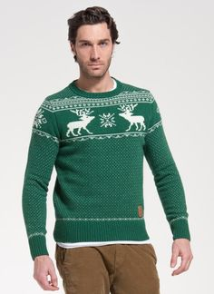 Get Christmassy with this classic winter sweater by Franklin & Marshall