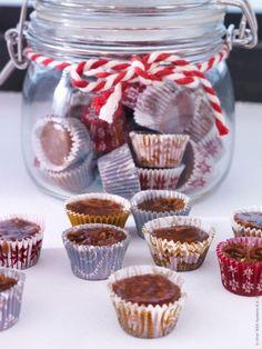 candy packaging - jars from ikea Ikea Christmas, Swedish Christmas, Christmas Sweets, Christmas Candy, All Things Christmas, Christmas Recipes, Xmas, White Christmas, Merry Christmas