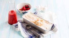 Vegaaninen jäätelö onnistuu helposti ilman jäätelökonetta. Tarvitset vain kaksi raaka-ainetta ja pakastimen. Kokeile suussasulavaa herkkureseptiä! Rhubarb Recipes, Vegan Cake, Ice Queen, Some Recipe, Ice Cream Recipes, Dairy, Sweets, Cheese, Ethnic Recipes