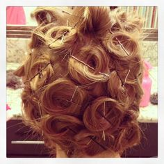 No Heat Hairstyles an entire month without a blow dryer, curling iron or straightener. Overnight curls, Heatless waves and No heat waves. No Heat Hairstyles, Pretty Hairstyles, Updo Hairstyle, Heatless Hairstyles, Wedding Hairstyles, Curly Hair Overnight, Overnight Curls, Hair Colorful, Belleza Diy