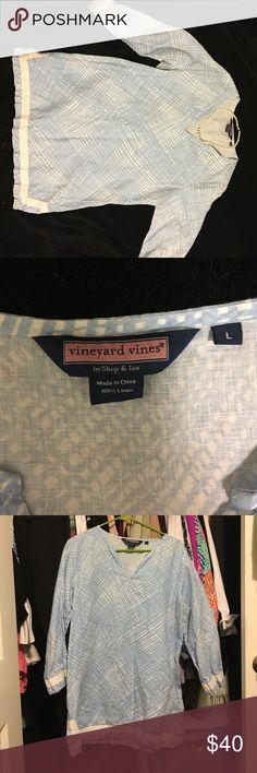 Vineyard Vines tunic Vineyard vines linen tunic. Worn twice. Would look perfect with white pants and sandals. Smoke free home. Vineyard Vines Tops Tunics
