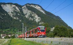 """ABe 8/12 """"Allegra"""" der RhB (Rhätische Bahn) zwischen Landquart und Malans, Schweiz"""