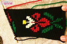 Tunus İşi Menekşe Patik Modeli Yapımı Point Lace, Elsa, Reusable Tote Bags, Crochet, Model, Slipper, Men, Tricot
