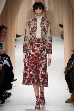Romantic vibes and extravagant craftsmanship took over the Valentino Couture show.