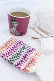 serpentiinisukat Chrochet, Drinking Tea, Coffee Cups, Knitting, Tableware, Inspiration, Sweater, Crochet, Biblical Inspiration