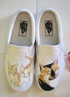 Custom vans made for cat lover by Shauna Mae. http://www.slipoffs.com/