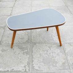 TRIPOD //  EXPO 58 //  Vintage Furniture //  http://www.huisvanmarcel.com