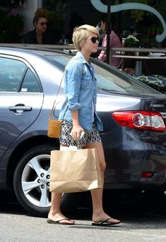Julianne Hough Photos: Julianne Hough Goes Shopping