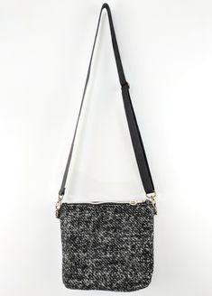 Handmade Maaru Shoulder Bag - Zenbu Home Japanese Things, Japanese Fabric, Floral Fabric, Shoulder Bag, Stylish, Red, Handmade, Stuff To Buy, Bags
