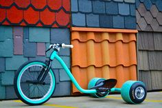 Drift trike, would leave you with a grin from ear to ear. Drift Trike Kit, Bike Drift, Velo Design, Bicycle Design, Moto Quad, Big Wheel, Bike Style, Pedal Cars, Motorcycle Bike