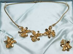 Vintage Lily Figural Orchid Gold Tone Pearl by thronesrivervintage