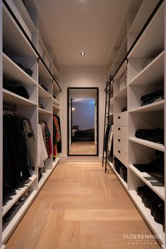Royal Dutch, Luxury Modern Homes, Modern Closet, Floor Patterns, Walk In Closet, House Rooms, My Dream Home, Home And Living, Future House