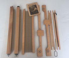 "Vintage Hobby Time Yarnbenders 15"" Tabletop Weaving Loom   eBay **with FREE shipping :) Sold :)"