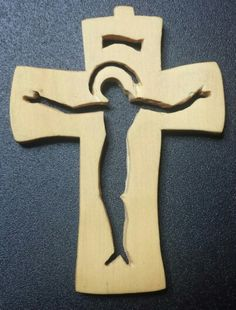 Miniature hand carved cross.   Boxwood (3x4 cm, 1.2x1.6 in)