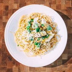 The anti-detox diet: Lemon pasta with artichokes and lentils, with a side salad  http://www.vox.com/a/new-years-diet/day-five#day-five-Dinner