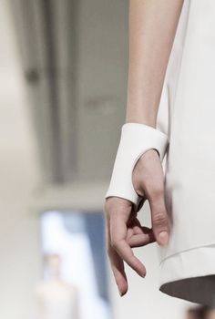 Glove Cuff White Leather