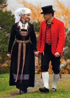 Hello all, Today I will cover the last province of Norway, Hordaland. This is one of the great centers of Norwegian folk costume, hav. Folk Fashion, Ethnic Fashion, Russian Folk Art, Scandinavian Fashion, Folk Costume, Traditional Outfits, Women Wear, Clothes, Anthropology