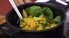 Recept av Paul Svensson | SVT recept Spinach, Vegetables, Food, Essen, Vegetable Recipes, Meals, Yemek, Veggies, Eten