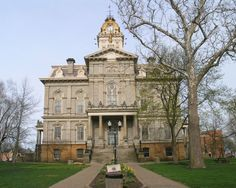ARCHITECTURE – Licking County Courthouse - Newark, Ohio. Built 1876. 1900 Population: 18,157