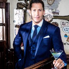Bruce Bozzi is always tailored to perfection, down to his dirty martini. Nyc Fashion, Autumn Fashion, Mens Fashion, Home And Family Tv, Nyc Fall, Stylish Men, Style Icons, Suit Jacket, Moda Masculina