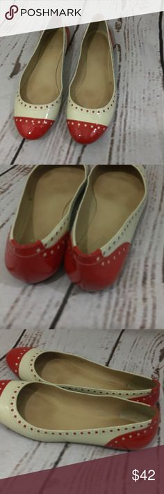Kate Spade 2 tone Flat In great used condition paten leather red & cream. A little discolored inside you can see in photo. True to size. kate spade Shoes Flats & Loafers