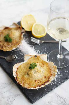 Coquilles st Jacques gratinées au four.  #coquilles #stjacques #saintjacques #entree #fetes #gratinees #gourmand