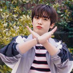 200422 yohan for Friends Are Like, Kdrama Actors, Kpop Boy, K Idols, Cute Boys, Rapper, Korea, Fandom, Wattpad