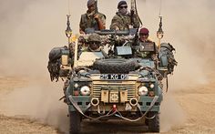 Army L.R fully equipped Army Vehicles, Armored Vehicles, Moab Jeep, Armoured Personnel Carrier, Jeep Camping, British Armed Forces, Pick Up, Jaguar Land Rover, Off Road Adventure