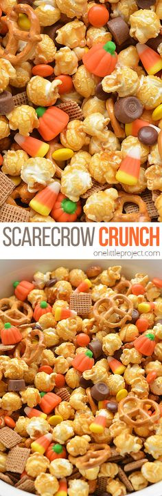 Scarecrow Crunch Snack Mix You are going to fall in love with these crispy fried pickles! Sac Halloween, Looks Halloween, Halloween Food For Party, Halloween Appetizers, Halloween Desserts, Halloween Decorations, Snack Mix Recipes, Fall Recipes, Holiday Recipes