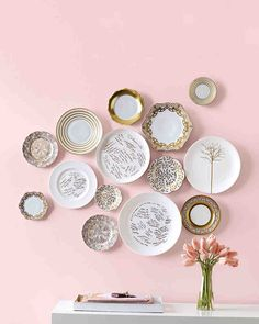 Antique Plates, Vintage Plates, Decorative Plates, Ceramic Plates, Decorative Crafts, Antique Dishes, Painted Plates, Vintage Kitchenware, Vintage Pyrex