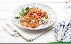 Κοτόπουλο με πιπεριές & γιαούρτι Greek Recipes, Desert Recipes, Snack Recipes, Cooking Recipes, Greek Cooking, Food Categories, Chinese Food, Chicken Recipes, Healthy Living