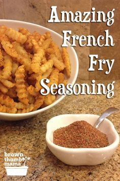 Amazing French Fry Seasoning - Gisele - Amazing French Fry Seasoning Nobody likes bland, soggy fries! Kick up the flavor and the crunch on your baked french fries with this amazing seasoning blend. Homemade Dry Mixes, Homemade Ranch Seasoning, Homemade Spice Blends, Homemade Spices, Homemade Seasonings, Seasoning Mixes, Spice Mixes, Potato Seasoning Recipe, Best Burger Seasoning