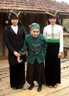 Old Black Thai woman (120 years old) and her two granddaughters