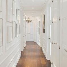 What You Should Do to Find Out About Amazing Hallway Decorating Narrow Long To Try Right Now Before You're Left Behind - beterhome White Hallway, Hallway Art, Long Hallway, Hallway Ideas, Hallway Designs, Hallway Lighting, Entryway Ideas, White Rooms, White Walls