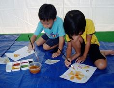 The importance of art activity for children. Kids learn many skills from art and craft activities. It is also through such activities it helps in many aspect of a child development. Here are the Five Reasons to include art activities in a child learning curriculum.