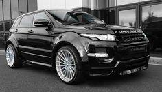 Range rover evoque  harmann  design //  full black//  love this car