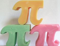 18 Things To Buy If You Love The Number Pi