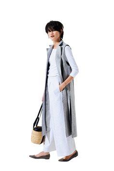 「着映える羽織りもの」ロングジレの3ヶ月着回し実例Marisol ONLINE|女っぷり上々!40代をもっとキレイに。