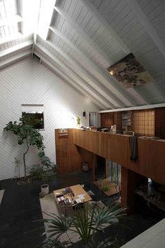 loft. love this. plus it reminds me of the restaurant in Kill Bill 1, where she kills O Ren Ishi