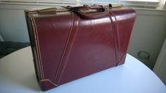 $47 Vintage Belber Suitcase Briefcase Overnight by CassandrasNotebook